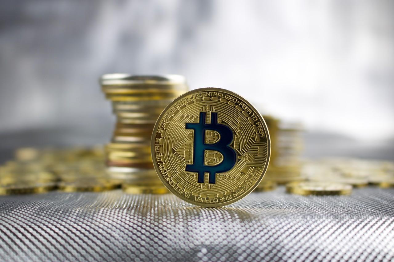 """比特币和""""区块链+黄金""""可能性探讨——论黄金资产的数字化创新"""