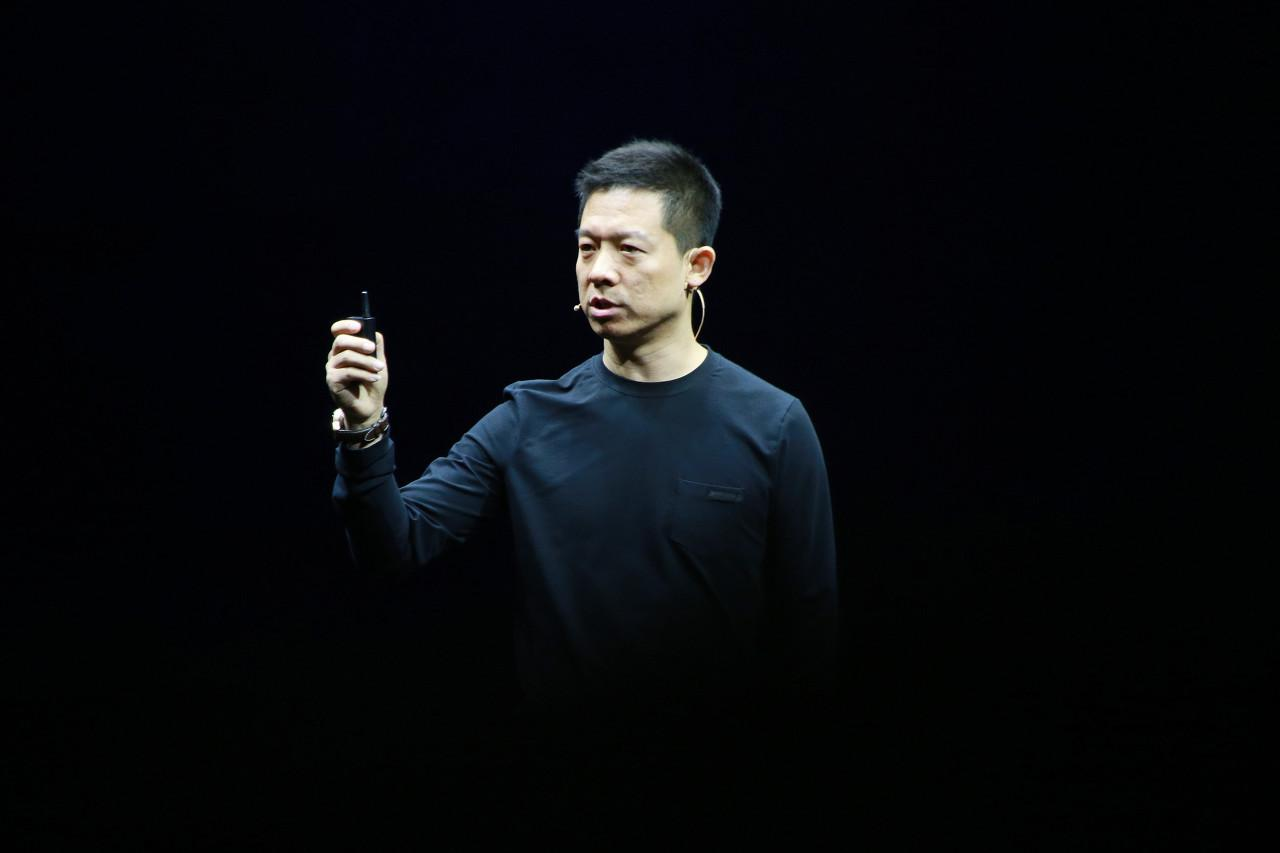 贾跃亭不再担任FF公司CEO 宝马i8之父毕福康接任